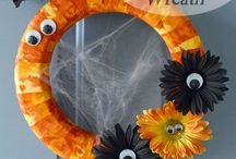 wreaths / by Jean Brewer