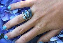 Zilveren sieraden / Zilveren sieraden in alle stijlen en vormen, armbanden, ringen, oorbellen, sterrenbeelden, collier, zilver met markasiet, zilveren medaillons, spangen en nog veel meer. Kijk lekker rond!