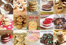 Yummy Desserts / by Ana Blackwell