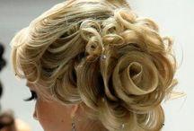 Beauty, Hairstyles, etc. / by Samantha Elizebeth