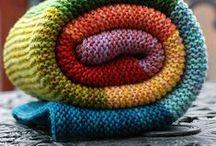 Knitting / by Jenny Bartoy