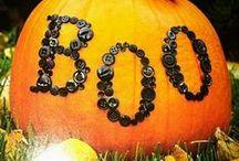 Halloween / by Jenny Bartoy