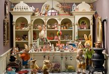Doll House / I would live in one of them. Doll houses - Victorian, Barbie, wood, handmade, etc.
