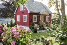 Beautiful Houses / Beautiful houses. It's happiness to live in one of them!