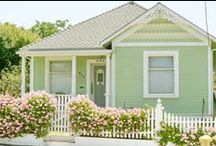 Exteriors / Home exteriors that I love.