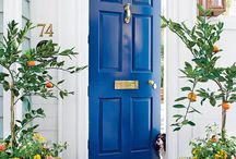 Žena a priestor VSTUPné dvere a hala