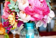 Wedding Flower Arrangements / All things wedding flowers