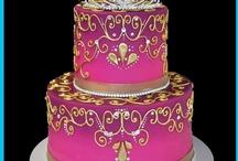 Beautiful Cakes / by Kathy Jones