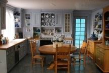 Dollhouse Kitchens 4 / by Shanda Jackson