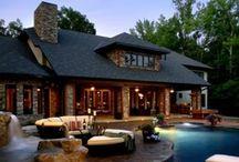 Houses / by Jordan Annie