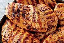 Recipes: Chicken & Turkey / by Katelyn Lyon