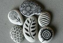 Lovely Stones / #stone #handpainted #painted #diy #art ❤ visit my store : www.cocoflower.net