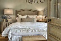 Home: Master bedroom / by Soraya Deborggraeve