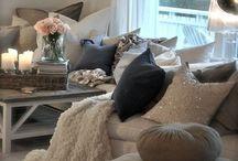 Home: Living Room / by Mama's Ditjes En Datjes