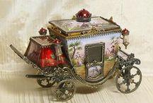 Dollhouses & Miniatures / by Jane E. O'Connor