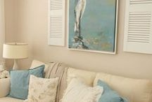 Interior/Exterior Blueness! / Love all things blue for the home / by Kisane Slaney PhD