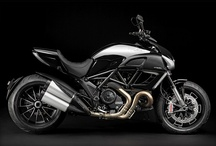 Motorcycle / by Jason Schmidt