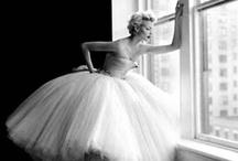 Beauty / by Tara Fochesato