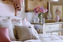 Romantic / Dancing somewhere between innocence and seduction, Romantic style whispers of dreamy wedding parties, first kisses and fairy tales. The color palette shuns neutrals and flirts with the palest blush tones and amorous pinks. Garden-inspired shades of gentle green, heirloom ivory and pale jasmine evoke sweetness, softness and classic comfort.
