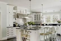 Kitchens / by Shauna Crandall