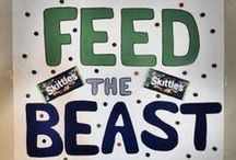 Super Bowl Party / Seahawks are going to beat the Broncos at Superbowl XLVIII