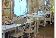 CRAFTING HEAVEN! / Rooms that make me want to steal away for hours and make beautiful things! / by Audrey Wallace-Wells
