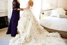 Mother of the Bride Moments / Gorgeous dresses for the mother of the bride, plus photography ideas for the big day.