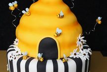 Clever cakes / by Peggy Madison