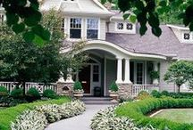 Curb Appeal Landscaping / by HomeZada