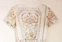 Dresses / by Hanna Pogue