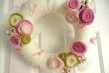 Wreaths to make... / by Cheryl Warren
