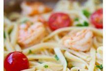 Good EATS / by Nance Priest-Verdecchio