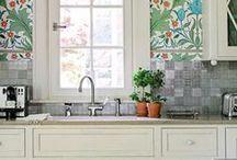 kitchens / by Reagan Geschardt