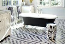Bathrooms / by Reagan Geschardt