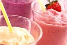 Smoothies / by Marie-Claire Vienneau