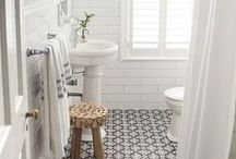 INTERIORS - KID BATHROOMS / classical transitional modern bathroom that is kid friendly