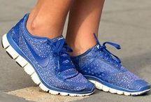 S Sneakers