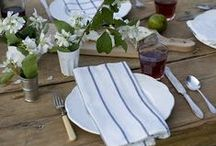 Tablecapes / Beautiful tabletop styling. / by StyleCarrot • Marni Katz