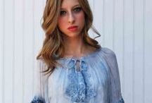 Boho Hippie Hippy Clothing / This board is all about embracing ladies Boho Chic Clothing. It is Indian and Hippy inspired clothing for the modern woman. Light and airy fashion that is great for warm climates, traveling, or going to the beach! Bohemian womens clothing with embroidered details and fun color!