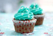 Sweet Eats / by Brandi Sumpter