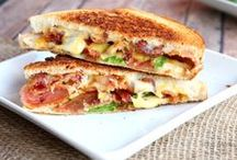 Sandwich & Wrap Recipes / Forget PB&Js these are sandwich and wrap recipes so delicious they'll make your mouth water. Great for lunch or busy weeknight dinners!