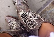 BOOTS & SHOES / by Danielle