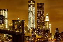 The City That Never Sleeps / Images of New York's vibrant night life sights and sounds