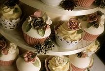 Cupcakes / by Classique Cakes