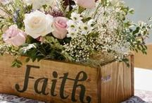 Wedding:  Centerpiece Seating & Tablesetting