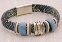 Mini Regaliz™ Cord for Bracelets / Be the first to have this exotic Mini Regaliz™ Snakeskin Print Cord. The Mini Regaliz™ Snakeskin Print comes in 17 colors & in Cobra and mesh print patterns. Using the Mini Regaliz™ Clasp available in 3 finishes you can make a cool trend setting bracelet for under $20