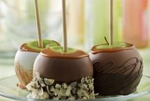 Food..Caramel Apples / by Christine Campbell