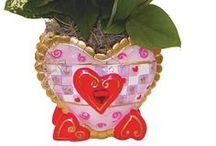 Valentines Day Floral Ideas / Great floral containers that will warm their hearts.