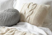 Cozy Decor / Ideas and inspiration for decorating with all things knit...add some texture and warmth to your décor