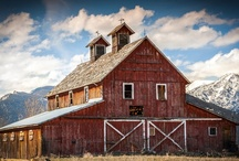 Barns / by JayKayS Photos